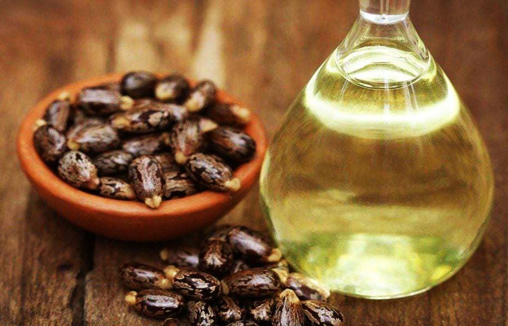cejas con aceite de ricino